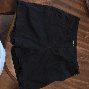 Eddie Bauer Women's Black Shorts, Size 6